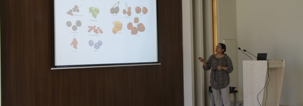 Komar Research Center Hosted a Symposium on New Development in Cancer Diagnosis and Treatment